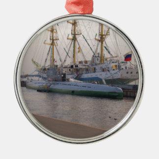 Högväxt frakt Mir och ubåt Julgransprydnad Metall