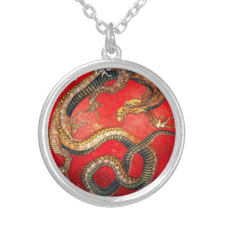 Hokusai guld- japanskt drakehalsband halsband med rund hängsmycke