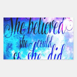Hon trodde i skapelsens himmel rektangulärt klistermärke
