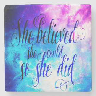 Hon trodde i skapelsens himmel stenunderlägg