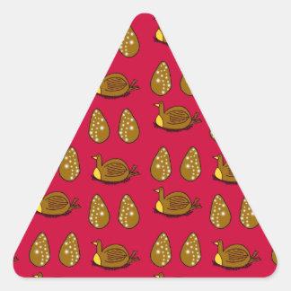 Höna och äggen triangelformat klistermärke