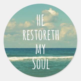 Honom restoreth min Scripture för SoulbibelVerse Runt Klistermärke