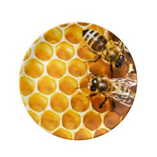 Honungskaka och bimönsterdesign porslinstallrik