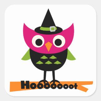 Hooooot ugglaHalloween T-tröja och gåvor Fyrkantigt Klistermärke
