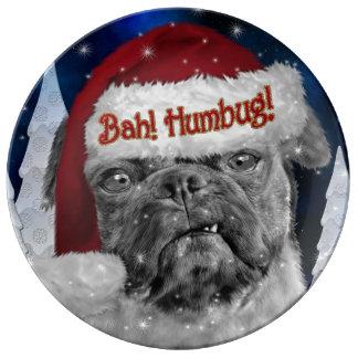 Hund för mops för Bah Humbughelgdag Porslinstallrik