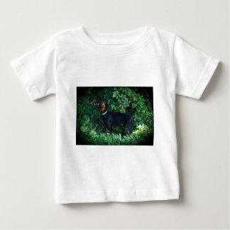 Hund i vilderna - DobermanPinscher T Shirts