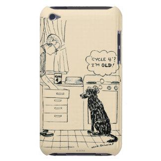 Hund som får äldre Case-Mate iPod touch case