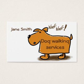 Hund som går visitkorttecknad hund visitkort