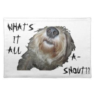 """Hund """"VAD ÄR DET bordstabletten för ALL A-SNOUT"""" Bordstablett"""