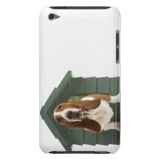 Hund vid hundkojan iPod Case-Mate skydd