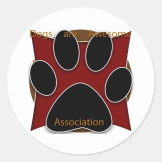 Hundar är den enorma anslutningen runt klistermärke