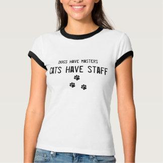 Hundar har styr katter har att bemanna kvinna t shirt