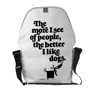 Hundar - som är bättre än folk? messenger bag