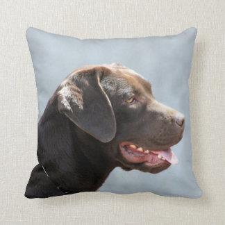 Hunden för den Labrador retrieveren kvadrerar Kudde