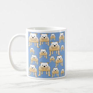 Hundmönster. Lisma bulldoggar på Blue. Kaffemugg