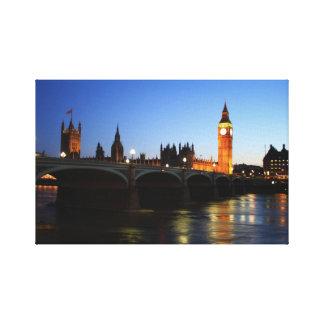 Husen av nightime för parlament och stora Ben Canvastryck