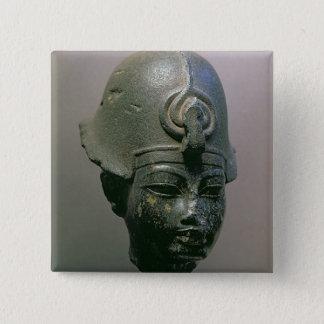 Huvud av Amenophis III (diorite) Standard Kanpp Fyrkantig 5.1 Cm