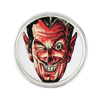 Huvud för vintageHalloween rött djävulen Rockslagsnål