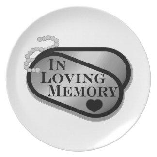 I att älska minneshundbrickor tallrik