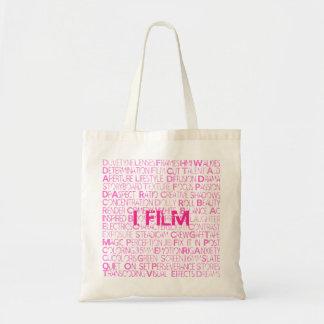 I.FILM - All rosa toto hänger lös Tygkasse