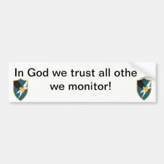 I gud litar på vi, alla andra som vi övervakar bildekal