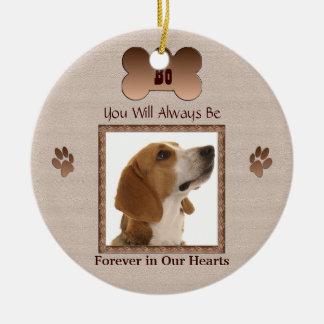 I minne av din älsklings- hund eller katt - beige rund julgransprydnad i keramik