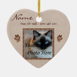 I minnet av ditt husdjur - fotominnesmärke hjärtformad julgransprydnad i keramik