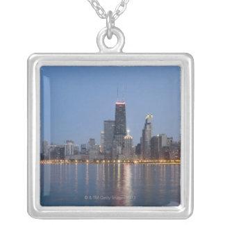 I stadens centrum Chicago horisont Silverpläterat Halsband