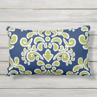 Ikat blom- damastast blått och Chatreuse Prydnadskuddar