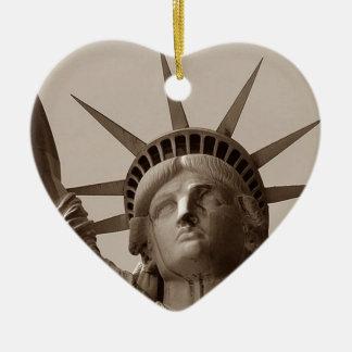 Immigrerad släktforskning för frihetsgudinnan NYC Julgransprydnad Keramik