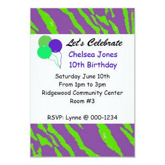 Inbjudan för födelsedag för lila- och
