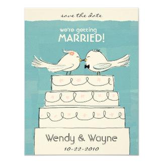 Inbjudan för för bröllopstårtafågelbrud & brudgum