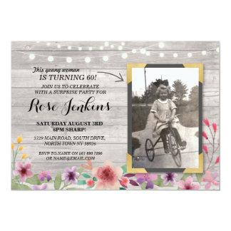 Inbjudningar för rosa födelsedag för foto blom-
