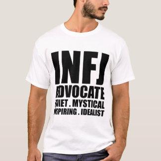Inbunden T skjorta för INFJ-förkämpe T Shirt