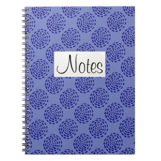 Indigoblå mörk - görade randig blått cirklar anteckningsbok med spiral