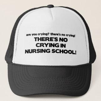 Ingen gråt i sjukvård skolar truckerkeps