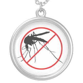 Ingen mygga silverpläterat halsband