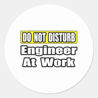 Ingenjör på arbete runda klistermärken