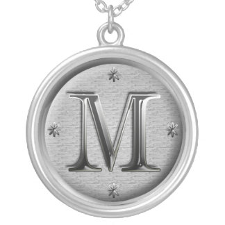 initialt M-halsband Silverpläterat Halsband