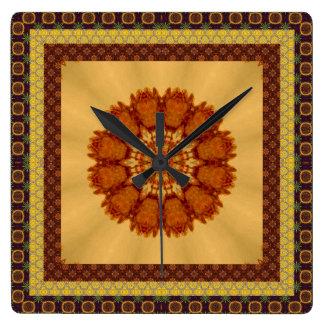 Inramat mönstrat rostar mandalaen fyrkantig klocka