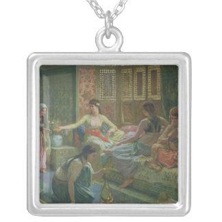 Insida av en Harem, c.1865 Silverpläterat Halsband