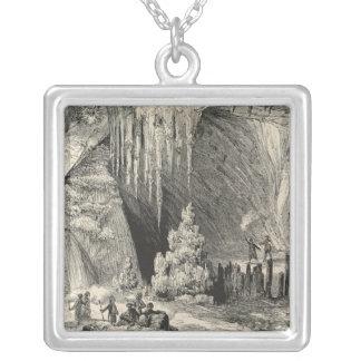 Insida av grottoen av Antiparos Silverpläterat Halsband