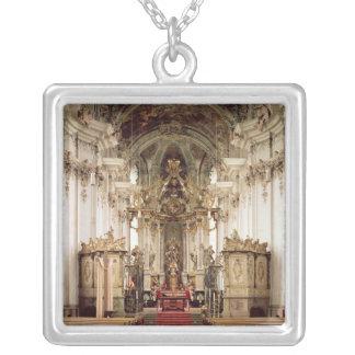 Insida som är designad vid Balthasar Neumann 1734- Silverpläterat Halsband