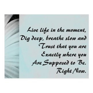 Inspirera levande liv i ögonblicket vykort