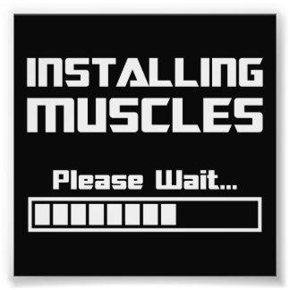 Installera muskler behaga väntan som laddar puben fototryck