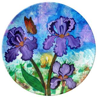 Irisen på soluppgången pläterar porslinstallrik