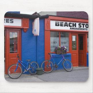 Irland Strandhill. Skyltfönster med cyklar Musmatta