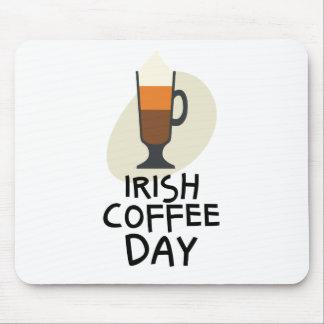 Irländsk kaffedag - gillandedag mus mattor