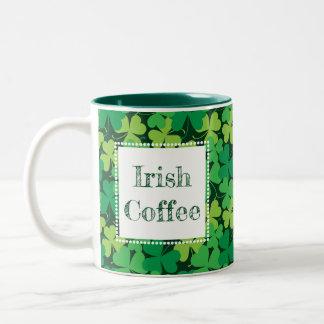 Irländsk mugg för kaffeShamrocktryck