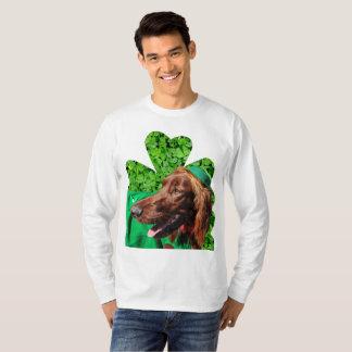 Irländsk SetterSts Patrick manar T-tröja för T Shirts
